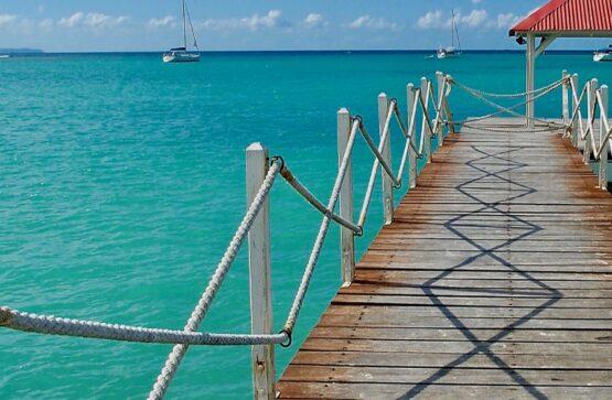 Antilles Fran??aises La Guadeloupe Grande Terre le lagon de l'h??tel Kalenda ?? Saint Fran??ois